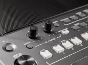 Teclado Arranjador Yamaha PSR-S 670